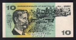 Australia R-301S. (1966) Coombs/Wilson 10 Dollar STAR Note. Prefix ZSB. GEF-aU