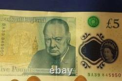 MINT ERROR! RARE £5 NOTE! Serial no. Printed over hologram on front! (BA39)